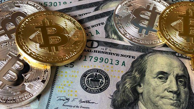 """يواصل مجلس محافظي بنك الاحتياطي الفيدرالي الأمريكي العمل بشكل مكثف لإصدار """"الدولار الرقمي"""". فمع حروب التجارة والاقتصاد والتكنولوجيا، تندلع الآن حرب باردة بين أمريكا والصين على جبهة العملات الرقمية."""